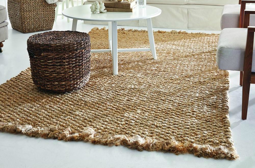 College Apartment Tips How To Use Area Rugs To Cover Boring Carpet